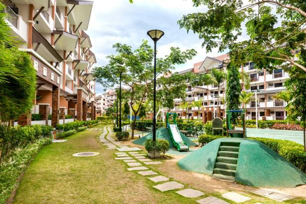 siena-park-residences-childrens-playground